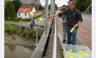 Plastic rommel in de Schelde gegooid, maar wel voor de goede zaak
