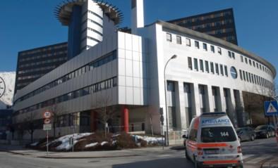 Doden en gewonden door vallende rotsblokken in kloof Oostenrijk