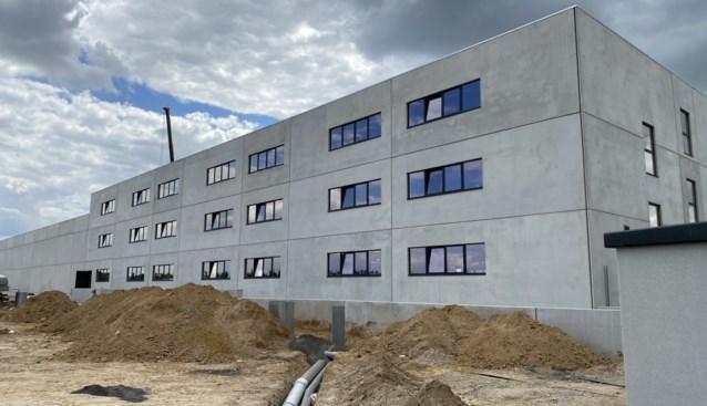 Logementshuis biedt plaats aan 168 seizoenarbeiders tussen plantages