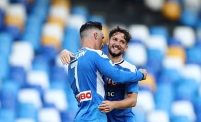 """Dries Mertens eert ploegmaat die twee maanden gratis voetbalt voor Napoli: """"Zijn vertrek doet me echt pijn"""""""