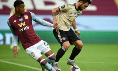 Bizar: Bruno Fernandes (Manchester United) krijgt penalty… terwijl hij zelf de overtreding maakt