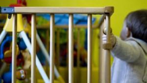 Kinderopvang moet pas sluiten bij twee coronabesmettingen