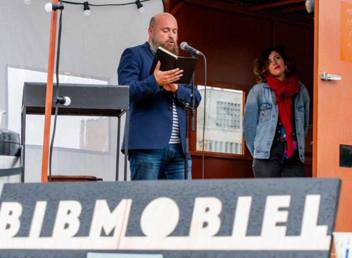 Bibmobiel brengt literatuur naar de Antwerpse wijken