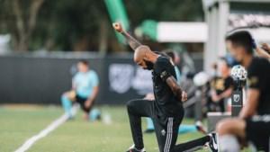 """Thierry Henry knielt exact 8 minuten en 46 seconden voor start eerste MLS-wedstrijd: """"Voor de goeie zaak"""""""