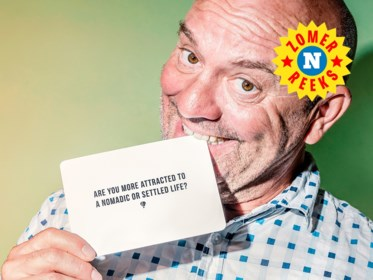 """Piet Huysentruyt speelt open kaart: """"Geloof mij, op het toppunt van je carrière ben je het minst gelukkig"""""""