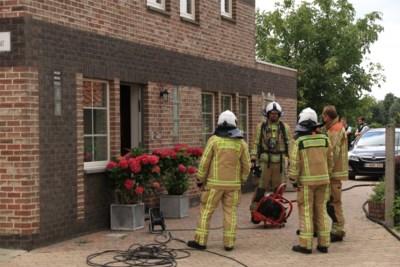 Woning loopt schade op na keukenbrand: bewoners blijven ongedeerd
