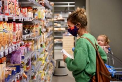 Winkeliers willen niet voor agent spelen, de politie kan niet overal zijn: wie gaat mondmaskers controleren?