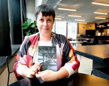"""Lerares Liesbeth debuteert met novelle over """"de magie van het leven"""""""