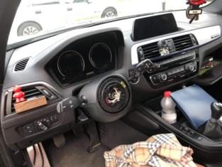 """Dievenbende viseert dure BMW's: """"Plots was mijn stuur uit mijn auto gestolen"""""""