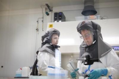 """Leuvense onderzoekers vol vertrouwen: """"Ons kandidaat-vaccin heeft kwaliteiten die de rest niet heeft"""""""