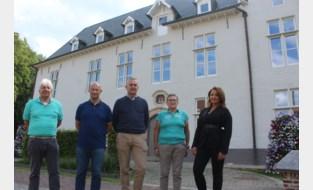 Vernieuwde gemeentehuis heeft zijn kleurtje van vroeger terug maar is ook zuiniger en beter beschermd tegen inbrekers