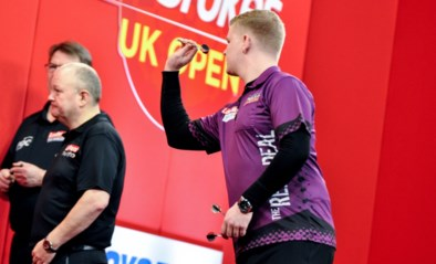 De Decker strandt in achtste finales Summer Series darts, Huybrechts ziet Webster 9-darter gooien