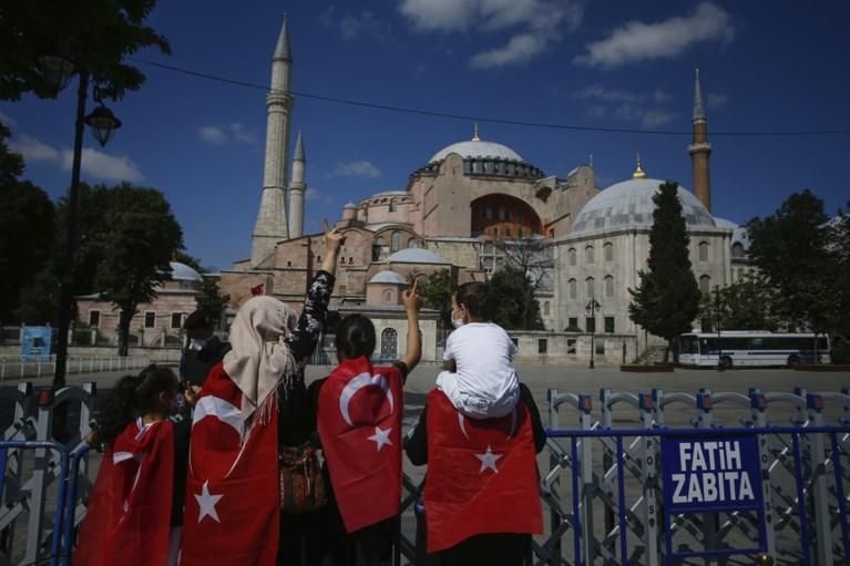 """Paus Franciscus is """"zeer gekwetst"""" door beslissing om Turkse Hagia Sophia om te vormen tot moskee"""