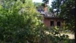 Leegstaande villa brandt volledig uit, vermoedens van kwaad opzet
