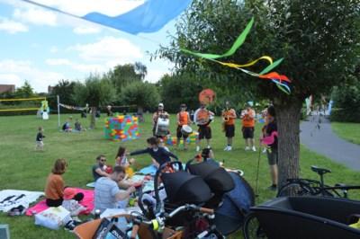 Vijftig mensen brengen eten en drinken mee naar gemoedelijke Picknickbubbel
