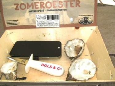 André (79) vindt een parel in een oester, ook voor zijn mosselboer is dat voor het eerst in 35 jaar