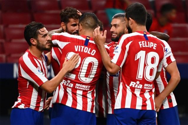 Yannick Carrasco helpt Atlético Madrid met assist aan zege in chaotische wedstrijd