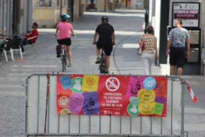 Politie controleert fietsverbod overdag in Basiliekstraat