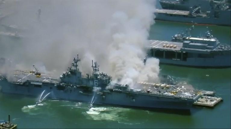 21 gewonden door brand op Amerikaans oorlogsschip in San Diego