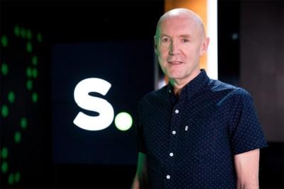 """Sporza-stem Michel Wuyts geeft commentaar bij virtuele Tour de France: """"Knap wat allemaal kan, maar ik mis bijna alles aan de échte koers"""""""