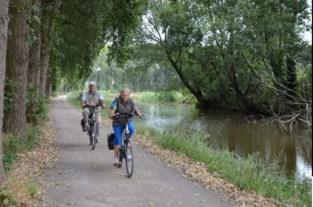 Vakantie in eigen streek met fietszoektocht door Wase natuur