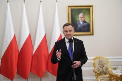 """Polen verdeeld na nipte verkiezingsuitslag: """"Belangrijk dat president rekening houdt met stem van gelijkheid en openheid"""""""