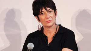 Ex-medewerkster Ghislaine Maxwell pleit onschuldig in misbruikzaak rond Jeffrey Epstein