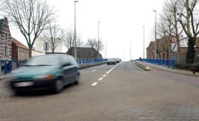 Toestand centrumbrug matig, broodnodige herstellingen worden uitgevoerd