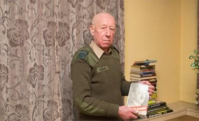 Bejaarde Hitlerfanaat Georges (77) veroordeeld tot jaar cel omdat hij huis versierde met nazisymbolen