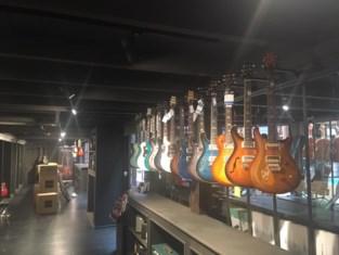 """Enorme muziekwinkel geopend in Ledeberg: """"Vijfhonderd soorten gitaren"""""""