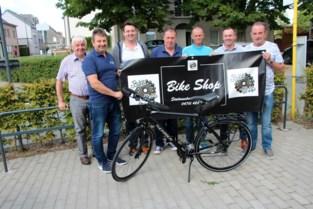 Supportersclub VK Liedekerke schenkt deel van opbrengst tombola weg