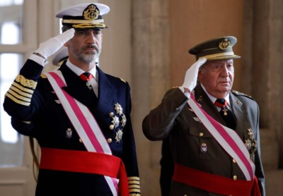 Familievete escaleert: Spaanse koning wil zijn vader het paleis en land uitzetten