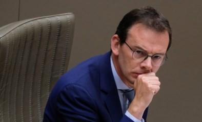 """CD&V-partijtop schaart zich achter Beke: """"Interne aanvallen moeten stoppen"""""""