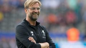 """Liverpool-coach Jürgen Klopp mengt zich in de hetze rond de erehaag van Manchester City: """"Niet nodig, wel een leuk gebaar"""""""