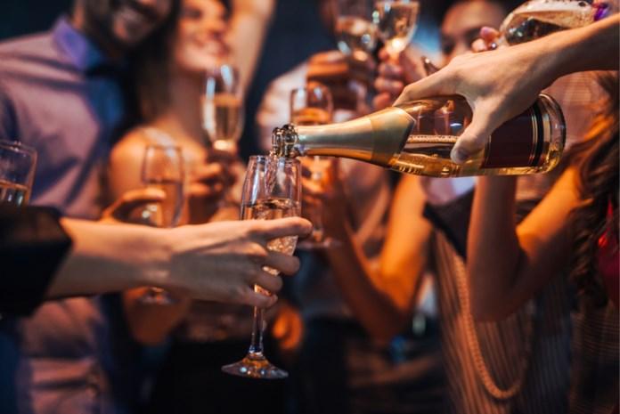 Mousserend, likoreus en versterkt: hoe worden deze wijnen gemaakt en op welke temperatuur moeten ze geserveerd worden?