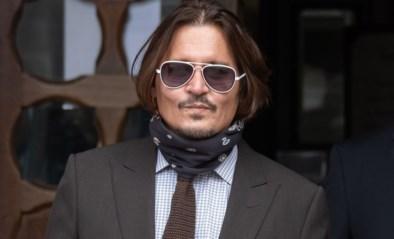 Bloedsporen, vernielde keuken en veel drank: butler getuigt in proces van Johnny Depp en Amber Heard