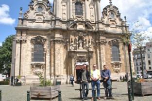 """Kwb-coronatochten stellen armoede aan de kaak: """"Veel mensen blijven onder hun eigen kerktoren steken"""""""