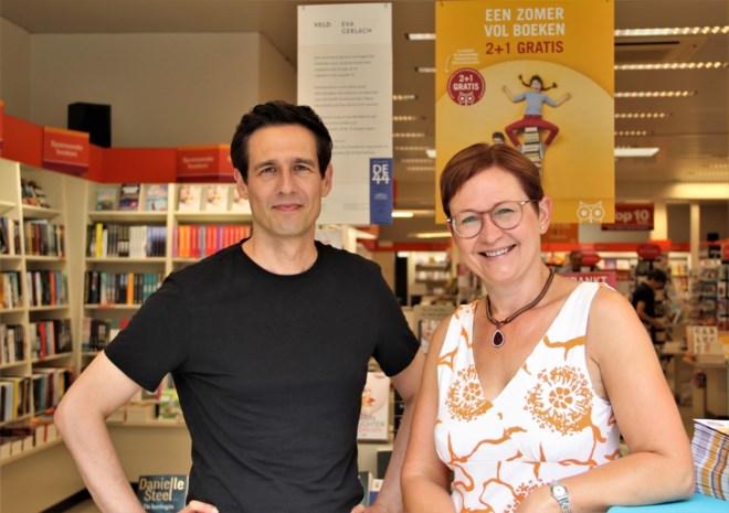 """Meneer pastoor uit 'De Buurtpolitie' gaat boekhandel runnen: """"We willen van de winkel een echte belevingsplek maken"""""""