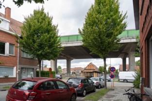 Veertien omwonenden melden schade aan woning door trillingen van viaduct Gentbrugge