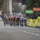 Zo zag het eruit aan de finish bij de vijfde rit in Parijs-Nice, nadat er door corona geen publiek meer was toegelaten. Dit lijkt ook de realiteit te gaan worden in de Tour de France.