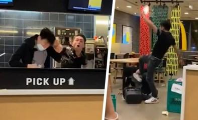 Boze klant gaat op de vuist met medewerker McDonald's nadat hij weigert om mondmasker te dragen