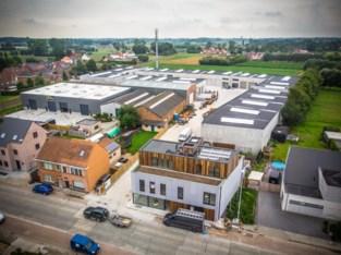 Schilders, schrijnwerkers en keukenbouwers verhuizen naar voormalige ijzergieterij