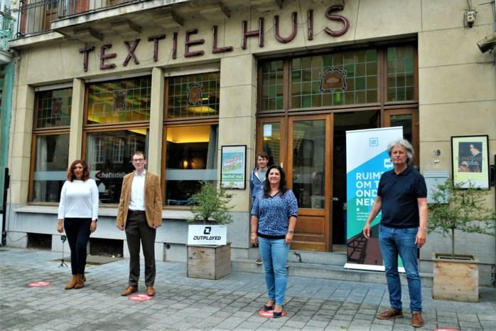 """Jeugd kan straks gamen in Textielhuis: """"Dit is het eerste e-sport center in België"""""""