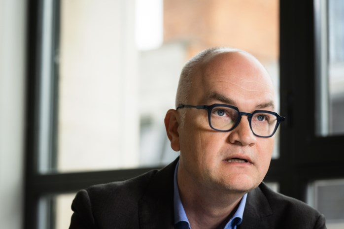 """Björn Rzoska, voorzitter coronacommissie: """"Het is tijd dat Beke antwoorden geeft, ik wil geen wolligheid meer"""""""