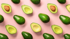 Met dit TikTok-trucje blijft de andere helft van een avocado vers