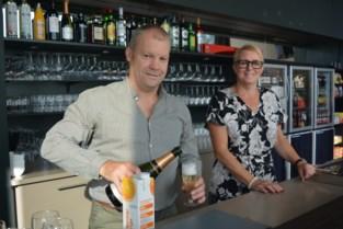 """Praatcafé De Kluize heeft nieuwe uitbaters: """"We zijn langer open en hebben meer op de kaart"""""""