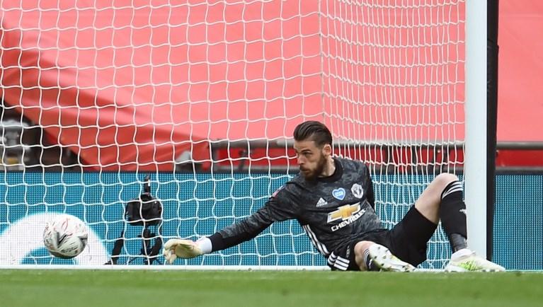 David De Gea andermaal onder vuur: Chelsea knikkert Manchester United uit FA Cup na nieuwe blunder