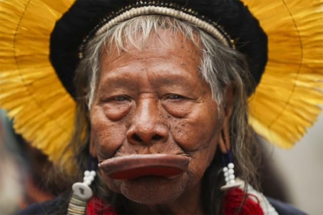 Braziliaanse indianenleider Raoni in ziekenhuis