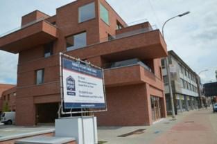 Nieuwe appartementen professioneel leeggeroofd, zelfs aangesloten warmtepompen van 300 kilo weg