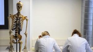 Vlaanderen heeft niet alleen chirurgen en gynaecologen nodig: quota moeten tekort aan huisartsen en geriaters opvangen